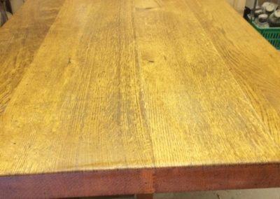 Transformation table pieds inox avant