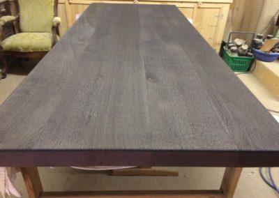 Transformation table pieds inox mise en teinte