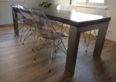 Transformation table pieds inox