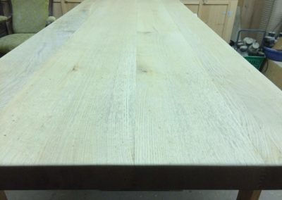 Transformation table pieds inox ponçage