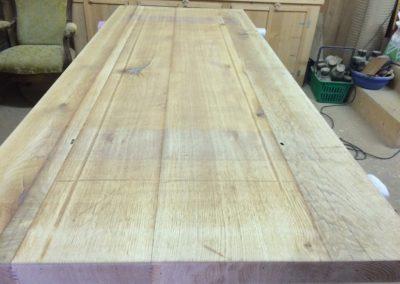 Transformation table pieds inox retrait du verni