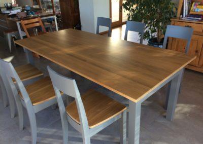 Transformation table et chaises après
