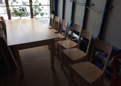 Transformation table et chaises avant